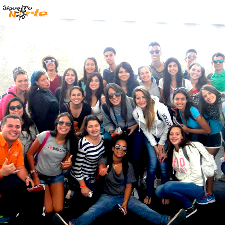http://viajesestudiantiles.com/site/images/servicios/grupos_photobox_cun/8.jpg