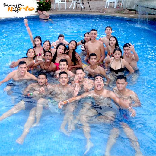 http://viajesestudiantiles.com/site/images/servicios/grupos_photobox_pmv/2.jpg