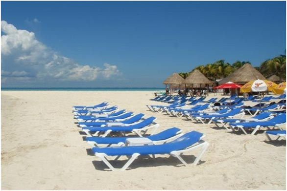 http://viajesestudiantiles.com/site/images/servicios/photobox-cancun/playa.jpg