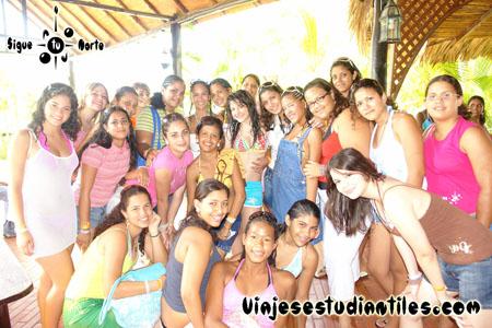 http://viajesestudiantiles.com/site/images/servicios/photobox-margarita-quinceaneras/OPQ08-0021.jpg