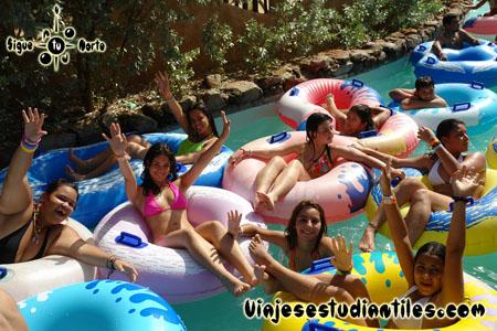 http://viajesestudiantiles.com/site/images/servicios/photobox-margarita-quinceaneras/OPQ08-0029.jpg