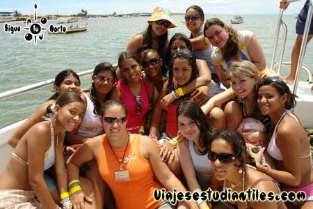 http://viajesestudiantiles.com/site/images/servicios/photobox-margarita-quinceaneras/OPQ08-0079.jpg