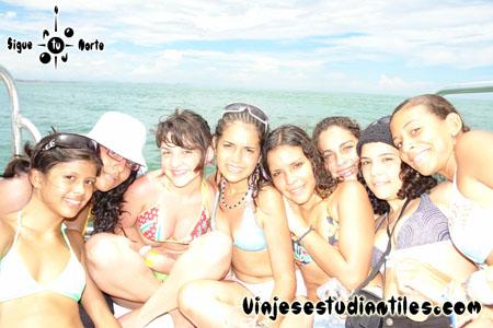 http://viajesestudiantiles.com/site/images/servicios/photobox-margarita-quinceaneras/OPQ08-0086.jpg