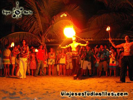 http://viajesestudiantiles.com/site/images/servicios/photobox-margarita/OP2-1-0588.jpg