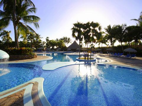http://viajesestudiantiles.com/site/images/servicios/photobox-margarita/piscina.jpg