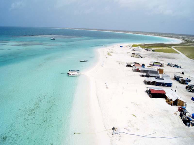 http://viajesestudiantiles.com/site/images/servicios/photobox-tortuga/Isla-La-Tortuga-Dependencias-Federales.-Foto-Jess-Lpez-3.jpg