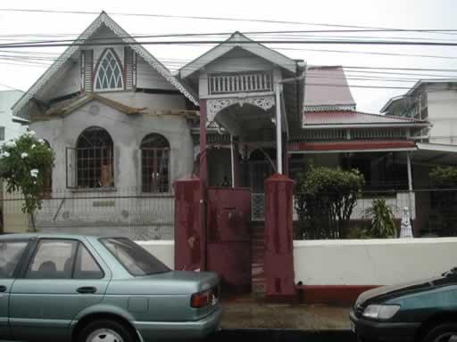 http://viajesestudiantiles.com/site/images/servicios/photobox-trinidad/Casas_de_Familia_JPG.jpg