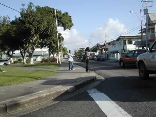 http://viajesestudiantiles.com/site/images/servicios/photobox-trinidad/Woodbrook_Ariapita_Av_JPG.jpg
